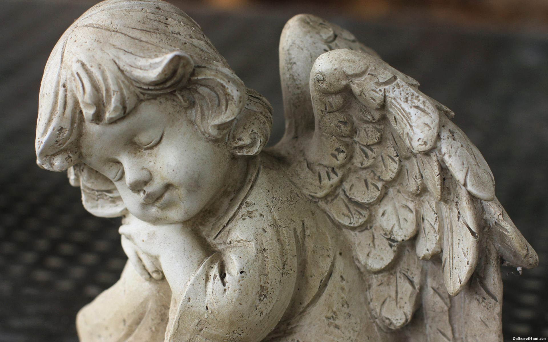 Angel-Statue-Wallpaper