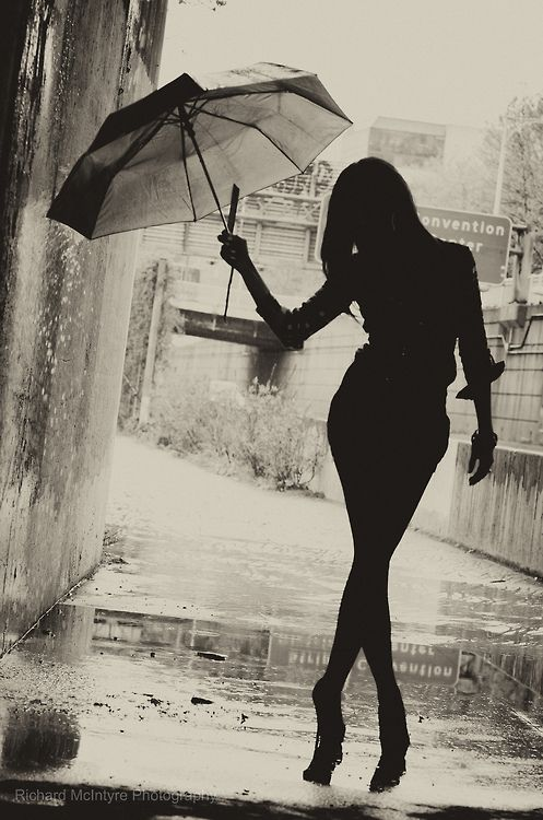 62dd2f0f61eba712c5b30be825f84f0d--umbrella-photography-white-photography