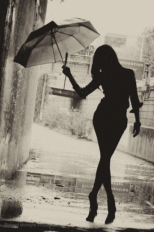 62dd2f0f61eba712c5b30be825f84f0d--umbrella-photography-white-photography