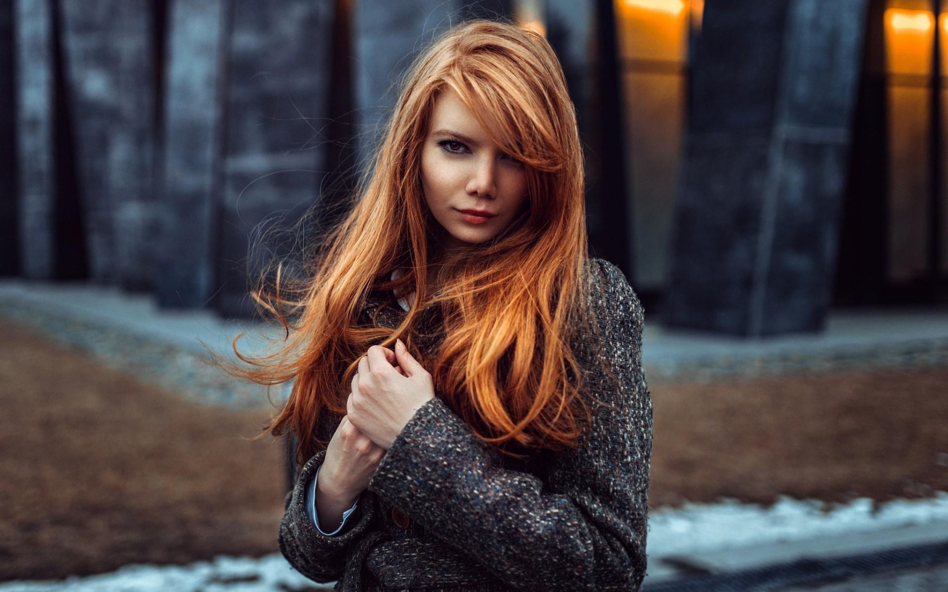 redhead-model-coat-red-lipstick-women-portrait-girls-8833